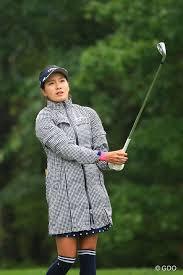 お洒落なレインウェアだこと 2016年 日本女子プロゴルフ選手権大会 ...
