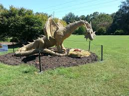 dragon garden haybale free photo on
