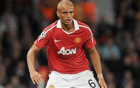 Sunderland complete signing of Wes Brown after decision to leave Manchester  United comes easy