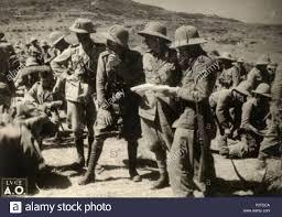 Italiano: Gli ufficiali del terzo battaglione della divisione Sila ...