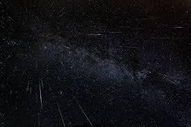 Сегодня петербуржцы смогут наблюдать звездопад в небе