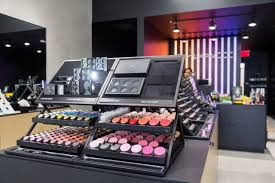 mac cosmetics opens in westwood