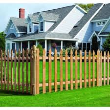 Outdoor Essentials 5 8 In X 3 1 2 In X 3 1 2 Ft Western Red Cedar French Gothic Fence Picket 27 Pack 239672 The Home Depot