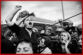 Boscoreale, proteste e sindaco in fuga