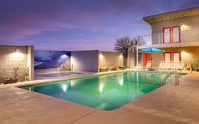 detox retreat in desert hot springs