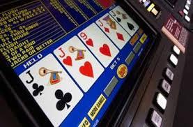 Bermain Poker Online Dan Rasakan Keseruannya