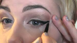 beginner cat eye using tape you