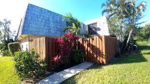 702 Springdale Cir Palm Springs Fl 33461 Realtor Com
