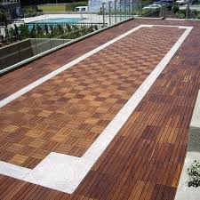 outdoor wood deck tile contemporain
