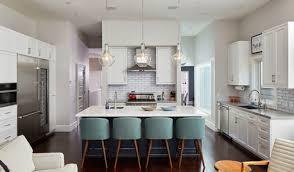 pendant light to size of kitchen island