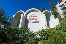 Howard Johnson Anaheim Hotel Review - Disney Tourist Blog