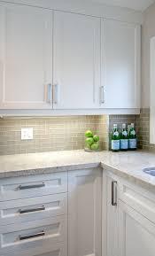 gray glass backsplash kitchen