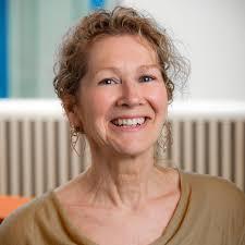 Professor Lesley Smith | University of Hull