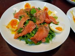 Easy keto smoked salmon salad ...