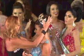 Inconformada com a derrota, vice arranca coroa da Miss Amazonas ...