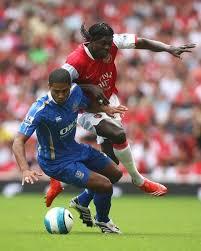 Emmanuel Adebayor (Arsenal) Glen Johnson (Portsmouth) (546313)