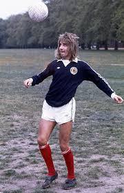 Rod Stewart - Getting in the spirit. #WorldCup | Facebook