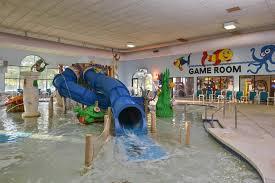 atlantis waterpark hotel wisconsin