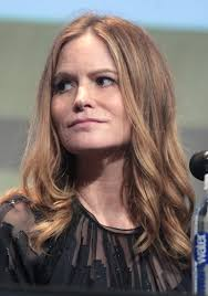 Jennifer Jason Leigh - Wikipedia