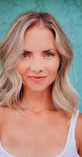 Sarah Christine Smith - IMDb