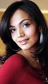 Aamina Sheikh | Tv.com.pk