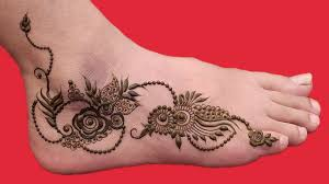 simple mehndi designs for legs and hands