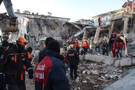 Terremoto in Turchia: oltre 20 morti, nuova scossa oggi - Rai News