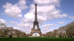 eiffel tower with clouds in the
