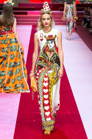 dolce gabbana sends out the queen of