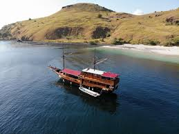 Image result for Komodo  Tour Package""