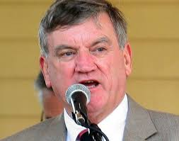 Greenfield mayor Bill Martin rebuts Town Council vote of no ...