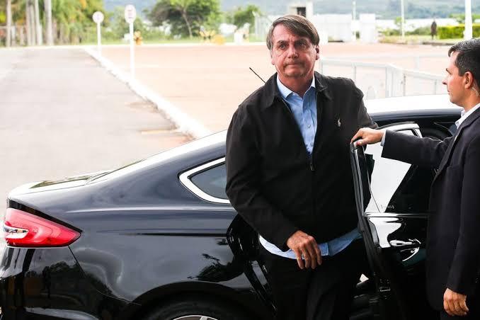 """Resultado de imagem para bolsonaro faz exames"""""""
