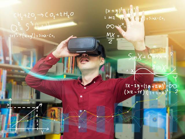 "Image result for استخدامات الواقع الافتراضي الـ VR"""