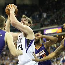 NBA Free Agency 2014: Former Pitt center Aaron Gray signed to a multiyear  deal with Detroit Pistons - Cardiac Hill