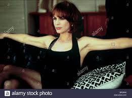 JAMIE LEE CURTIS FIERCE CREATURES (1997 Stock Photo: 31089212 - Alamy