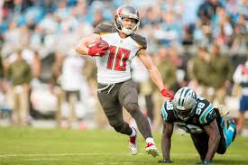 Bucs Likely To Lose Humphries To Free Agency | Pewter Report