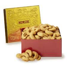 colossal cashew 10 oz gift box