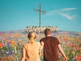 Buon solstizio d'estate con il nuovo trailer di Midsommar - Il villaggio  dei dannati!