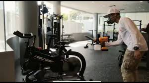 gold s gym personal