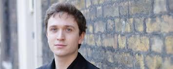 Adam Turner | Composer, pianist, répétiteur