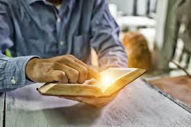 Leitura Dinâmica: o que é e como ler mais rápido? - Blog FIA
