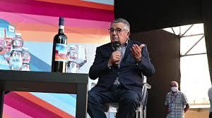 lastampa.it on Flipboard: Cairo e De Benedetti a Dogliani parlano  dell'alleanza tra Rcs e Domani - La Stampa