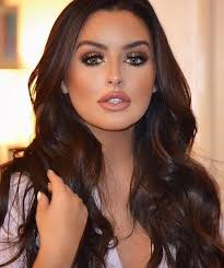 few quick party makeup tips to get you