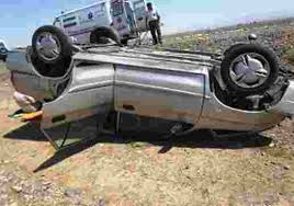 حادثه مرگبار واژگونی پراید در محور ایج به ششده