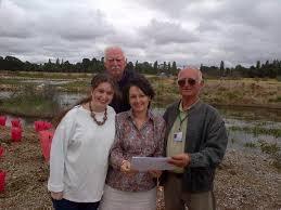 "Pru Goward on Twitter: ""David Barnett, Alice Barnett, Ray Shiel at opening  Glbn Wetlands Birdhide. Gr8 work TGG,FROGS,community@GoulburnPost  http://t.co/qcz9ahJauc"""