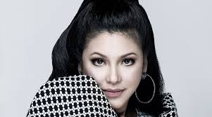 regine velasquez alcasid does 60s makeup