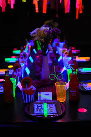party ideas neon glow in the dark