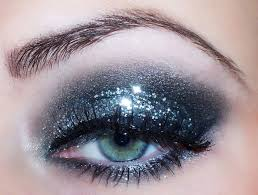 new years eve glam makeup look 19