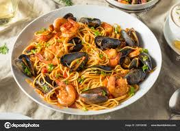 Homemade Italian Seafood Pasta Mussels ...