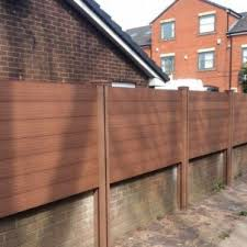 Composite Fencing And Composite Fence Panels Delivered To The Uk
